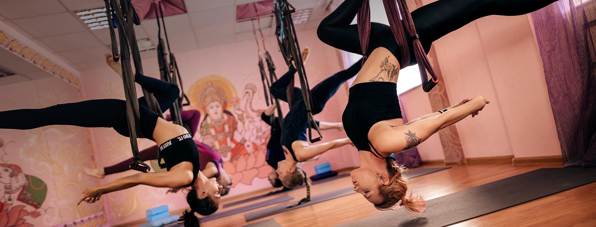 Фото - Йога в воздухе