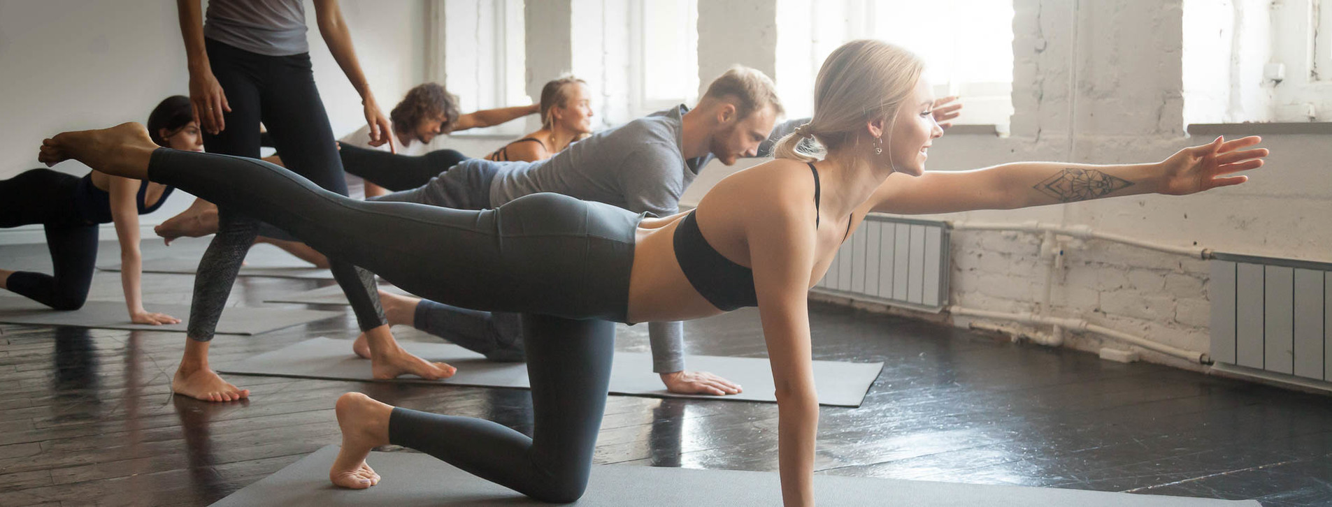 Фото - Горячая йога в группе