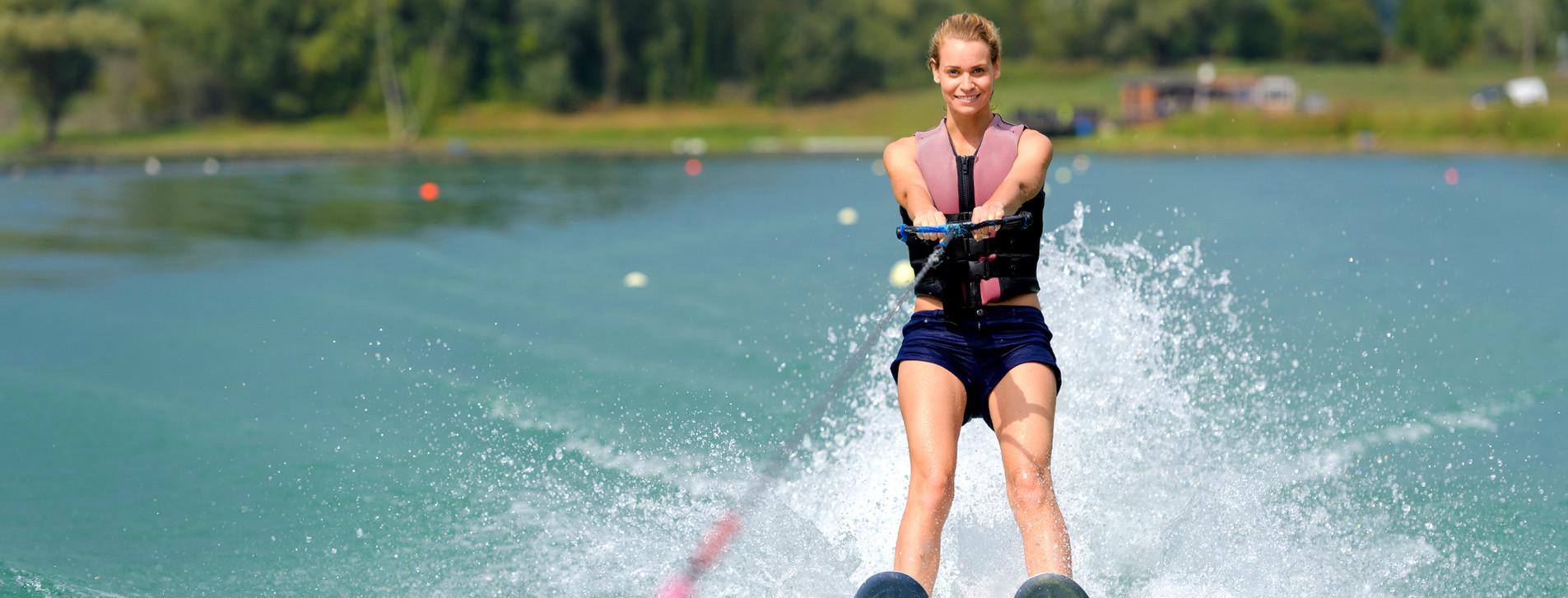 Фото - Катання на водних лижах для компанії