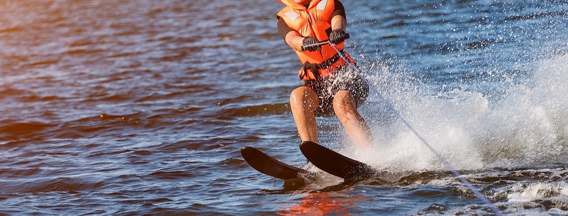 Фото - Катание на водных лыжах для компании
